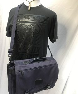 LONDON FOG MESSENGER BAG