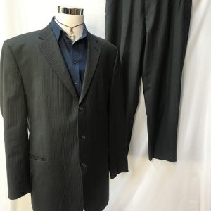 CALVIN KLINE MENS SUIT
